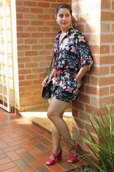 Floral jumpsuit Macaquinho floral http://www.elropero.com/2015/03/my-fashion-set-macaquinho-florido.html