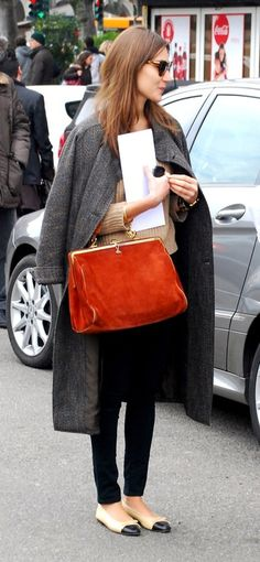 Chanel flats, oversized coat, black trousers, camel sweatshirt. Perfect