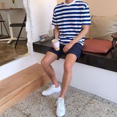 Stunning 40 Casual Male Summer Outfits Ideas You Will Totally Love Summer Outfits Men, Stylish Mens Outfits, Short Outfits, Casual Male Outfits, Men Summer, Simple Outfits, Korean Fashion Men, Mens Fashion, Fashion Outfits