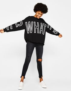 Oversized sweatshirt with slogan - Sweatshirts & Hoodies - Bershka United States Sweatshirt Outfit, Mama Shirt, Apparel Design, Mens Sweatshirts, Sportswear, Shirt Designs, Casual Outfits, Zara, Clothes