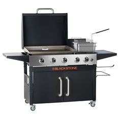 Blackstone Grill, Griddle Grill, Thing 1, Outdoor Kitchen Design, Backyard Kitchen, Outdoor Kitchens, Backyard Bbq, Barbecue Grill, Bbq Rub