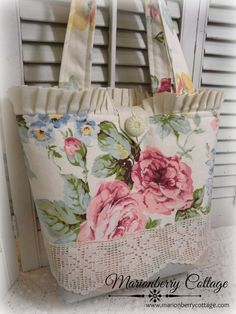 Victorian pink garden roses tote purse