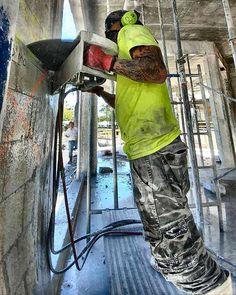 On A Friday  #gables #southmiami #concretecutting #concreteconnection #construction #miami #generalcontractor #demolition #florida #speedy #constructionsite #concrete #concretecuttingmiami