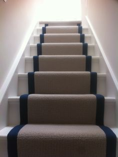 wool loop pile carpet stair runner with taping Too busy with one color runner, another color taping and another color for painted stairs. Best Carpet For Stairs, Stairway Carpet, Carpet Stairs, Casa Milano, Staircase Runner, Black Staircase, Georgian Interiors, Hallway Carpet Runners, Stair Runners