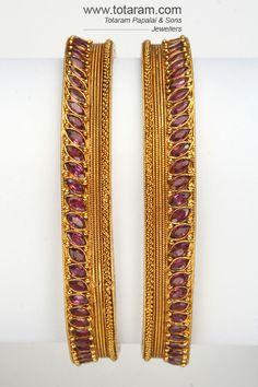 Totaram Jewelers: Buy 22 karat Gold jewelry & Diamond jewellery from India: 22K Gold Antique Bangles - 2 bangles Set (1 pair)