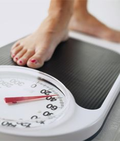 The FOUR Habits of People Who Have Lost Weight - AND Kept It Off.
