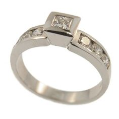 18ct White Gold Princess Cut & Round Brilliant Diamond Ring, handmade at Cameron Jewellery