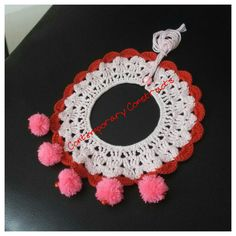 Crochet collar necklace