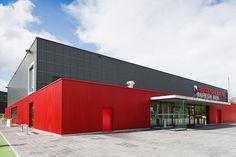 Raiffeisenarena, Hägendorf  SWISS PANEL® SP 40/183  MONTAFORM® Design speciale  SWISS PANEL® SP 200/375