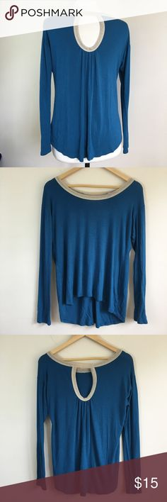 Alya Teal Long Sleeved With Gold Trim Keyhole Top Super simple and cute Top! The gold trim along with the keyhole in the back are subtle pretty details. Soft material with a decent amount of stretch. Great used condition. Live long and poshper 🖖🏼 Alya Tops Tees - Long Sleeve