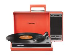 Spinnerette Record player By Crosley. USB connection compatible with PC or Mac and a portable audio outlet for your mp3 player.