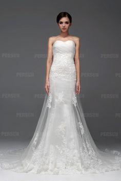 Beautiful Tulle Sweetheart Lace Long Wedding Dress on Sale at Persun.co.uk