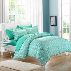 Tina Turquoise Duvet Cover & Pillow Shams Set
