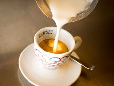 Illy Cafe - the best! Cafe Restaurant, Catering, Fondue, The Best, Cheese, Tableware, Ethnic Recipes, Kitchen, Mediterranean Kitchen