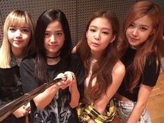 From blackpink's update/thank you video (jisoo looks so cute ) #blackpink…