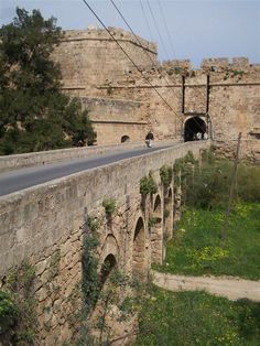 Entrance over the moat into the fortified walls of Famagusta (Magusa), The Ravelin/Porta del Limassol