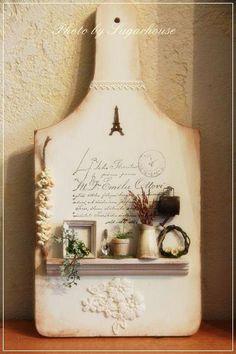 miniatures ♡ ♡ By Sugarhouse Vitrine Miniature, Miniature Rooms, Miniature Crafts, Miniature Furniture, Dollhouse Furniture, Miniature Houses, Decoupage Vintage, Decoupage Chair, Wood Crafts