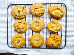 Best Ever Vegan Chocolate Chip Cookies. My tried and tested cookie recipe that is perfectly crunchy on the outside, chewy on the inside! Vegan Food, Vegan Recipes, Perfect Chocolate Chip Cookies, Cookie Recipes, Breakfast, Desserts, Blog, Recipes For Biscuits, Morning Coffee