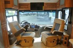 """2016 New Thor Motor Coach Tuscany 36MQ Class A in Colorado CO.Recreational Vehicle, rv, 2016 THOR MOTOR COACH Tuscany36MQ, 32"""" Exterior TV, 32"""" TV in Cockpit, Interior- Luna Crest, Resort Cherry Cabinetry, Solaris Full Body Paint,"""