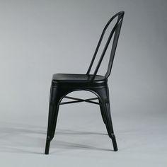 Industrial Metall Stuhl French Classic schwarz matt #industrial #raw #gastrostuhl #metallstuhl #schwarz #interiordesign #vintage #retro #fabrikschick #loftdesign #stuhl