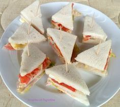 Hobbies For Software Developers Panini Sandwiches, Wrap Sandwiches, Mousse, Decadent Cakes, Just Cooking, Snacks, Antipasto, Afternoon Tea, Street Food