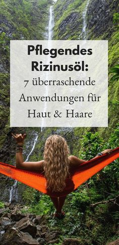 7 überraschende Rizinusöl Anwendungen für Haut und Haare Castor oil applications are simple but effective because you can use the oil for an incredible number of purposes. Whether internal or external, castor oil is universally applicable. Beauty Care, Diy Beauty, Beauty Hacks, Beauty Ideas, Homemade Beauty, Face Beauty, Luxury Beauty, Skin Care Regimen, Skin Care Tips