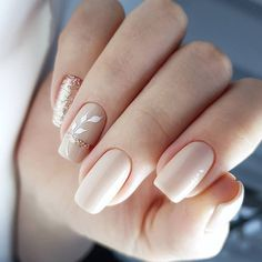 What Christmas manicure to choose for a festive mood - My Nails Pink Nail Colors, Pink Nails, My Nails, Stylish Nails, Trendy Nails, Cute Nails, Bridal Nail Art, Light Nails, Classic Nails