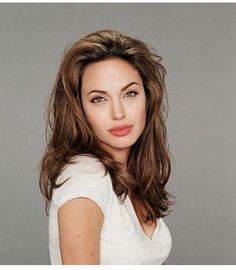 Angelina Jolie A Pleasant Personality Angelina Jolie Fotos, Angelina Jolie Makeup, Angelina Jolie Style, Angelina Jolie Hairstyles, Glamour, Woman Crush, Beautiful Celebrities, Look Fashion, Girl Crushes