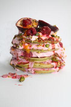 Antioxidant Spring Matcha Greentea Pancakes with Acai Creme filling - Vanillacrunnch - Food & Lifestyle Blog