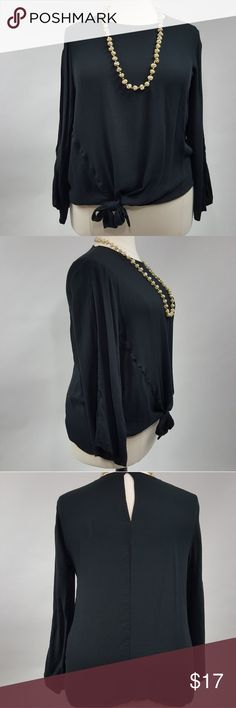 """[Ava & Viv] Black Slit Sleeve Side Tie Blouse 2X Black Blouse with Side Slit Long Sleeves. Classic Neckline. Side Tie detail. Comfortable material.  ◇ Pit to Pit: 25"""" ◇ Length:  31"""" ◇ Condition: Excellent Pre-owned Condition Ava & Viv Tops Blouses"""