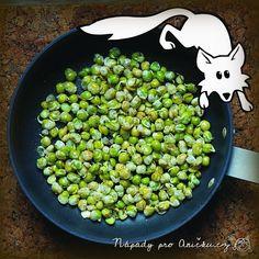 Pučálka je tradiční staročeské jídlo vhodné hlavně na konec zimy - velikonoční půst. Pekla se hlavně na první postní tzv Pučálnou neděli. Pučálka je nejen postní, ale velmi zdravé jídlo. Naklíčené luštěniny obecně obsahují velké množstí vitamínů a minerálů, které se po zimě ohromně hodí.