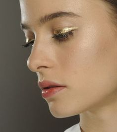 Jouer Liquid Shimmer Eyeliner in Mink