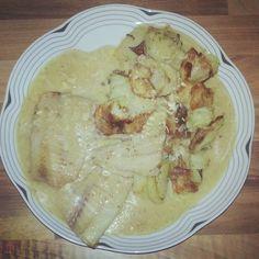 Pangasiusfilet mit Senfsauce und Bratkartoffeln http://vom-windbeutel-verweht.blogspot.de/2013/01/pangasiusfilet-mit-senfsauce-und.html