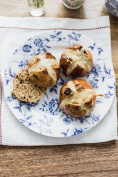 If there's one seasonal food I get excited about in the spring, it's hot cross buns
