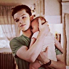 "((Open with Ian)) I was in my dorm room, holding my little sister. My parents had died awhile ago, and they had left me with her. I cradle her, humming softly. ""Hey Ia- UM is that a baby?!"" I hear you ask. I look up and nod."