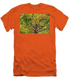 Red Oak Men's T-Shirt (Athletic Fit) featuring the photograph Spectacular View by Cynthia Guinn