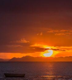sunset Costa Rica, Peninsula Papagayo, Pacific Coast, Sunrises, Beautiful Sunset, Watercolor Ideas, Watercolour, Beautiful Paintings, Ciel