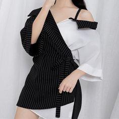 Harajuku Off-Shoulder Stripes Shirt Harajuku Fashion 👘 Fashion Mode, Look Fashion, Girl Fashion, Fashion Dresses, Womens Fashion, Fashion Tips, Fashion Design, Stage Outfits, Edgy Outfits