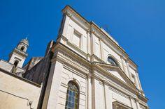 Γνωρίστε τα ελληνικά χωριά της Ιταλίας Notre Dame, Building, Travel, Greece, Viajes, Buildings, Destinations, Traveling, Trips