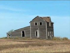 The Land of Living Skies (a song about Saskatchewan) - YouTube