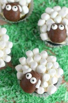 BAAAA - anyone hear these sheep cupcakes? This and more Easter Food Craft Ideas for the Kids including Chick Recipes, Sheep Cupcakes, Peeps Recipes and More.