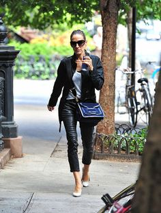 Okay sorry, I can not help it that SJP is so fabulous! Love this look!!
