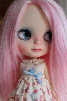 Pink hair blythe