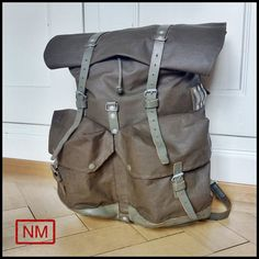 Vintage Swiss Army Backpack -  Rucksack of the Swiss Military in the 1980s -  With Adjustable Size - Made of Leather and Plastified Canvas