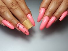 Almost every girl has a pink plot. It's not how much she loves it. But pink, for us, contains countless fantasies about beauty. Pink Manicure, Pink Nail Art, Pink Nails, Matte Nails Glitter, Acrylic Nails, Long Gel Nails, Short Nails, Pointed Nails, Nail Art Blog