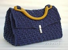 Crazy by arts - Bags: BAG CROCHÊ  no pattern but I think I could create one in a similar fashion. Love the style.