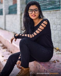 Image may contain: one or more people, people sitting, eyeglasses and outdoor Cute Girl Photo, Beautiful Girl Photo, Beautiful Girl Indian, Beautiful Indian Actress, Dehati Girl Photo, Girl Photo Poses, Girl Poses, Stylish Girls Photos, Stylish Girl Pic