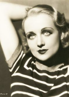 Todays 1930s hair & makeup inspiration from the beautiful Carole Lombard (October 6, 1908 – January 16, 1942) who was tragically killed during WWII