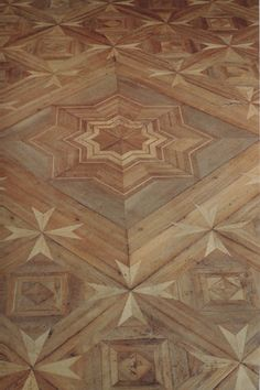 Intricate parquet floor by Jean-François Hache. I have bad associations with cheap parquet, but this is lovely. Parquet Flooring, Wooden Flooring, Floor Design, House Design, Carpet World, Discount Area Rugs, Parquetry, Floor Patterns, Natural Rug
