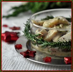 Wigilijne Śledzie w musztardowym sosie z koperkiem Camembert Cheese, Salads, Fish, Meat, Chicken, Cooking, Recipes, Christmas, Kitchen